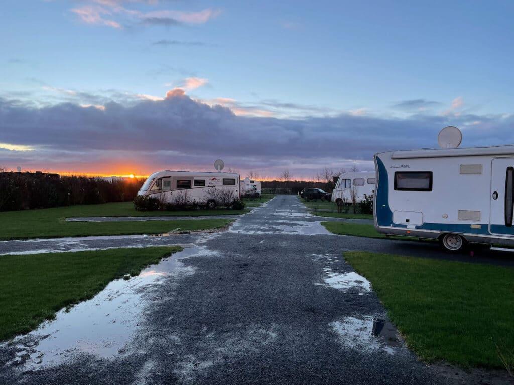 Ochtendzonnetje op Camping Brouwersdam