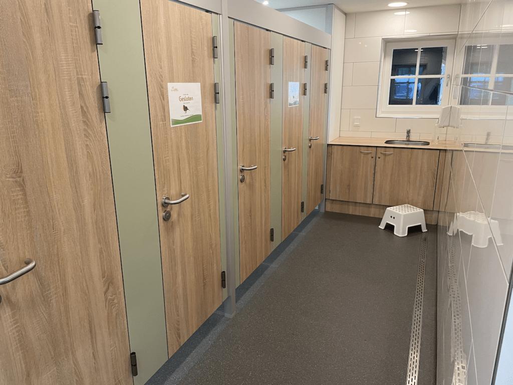 WC's netjes schoon en onderhouden